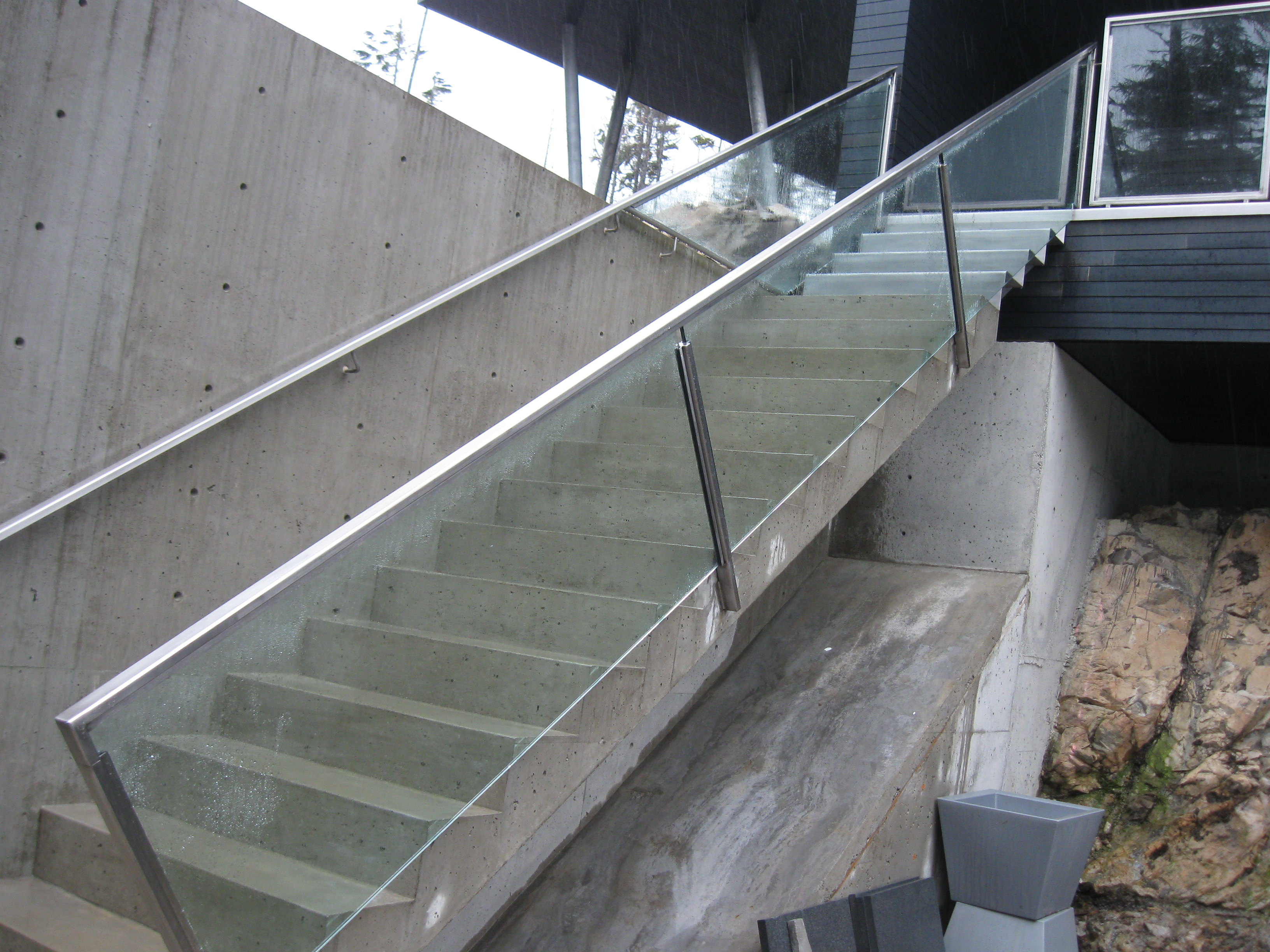 Check out some examples of our exterior glass projects below: